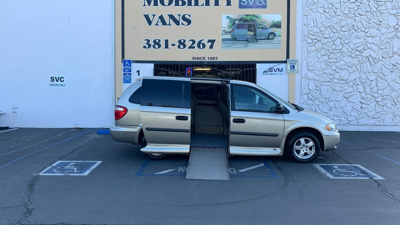 Used 2005 Dodge Grand Caravan.  ConversionVMI Dodge Summit