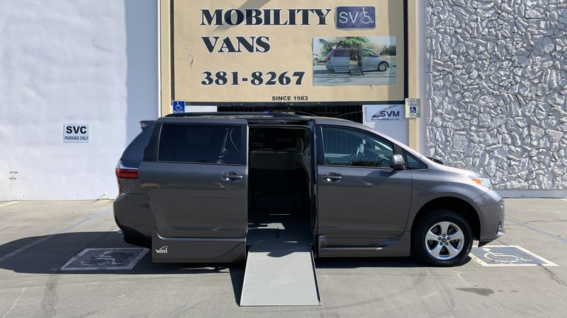 2018 Toyota Sienna VMI Toyota NorthstarAccess360 wheelchair van for sale