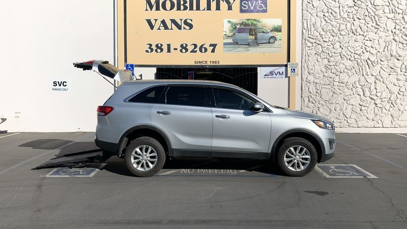 2016 Kia Sorento Freedom Motors Freedom Motors Kia Sorento wheelchair van for sale