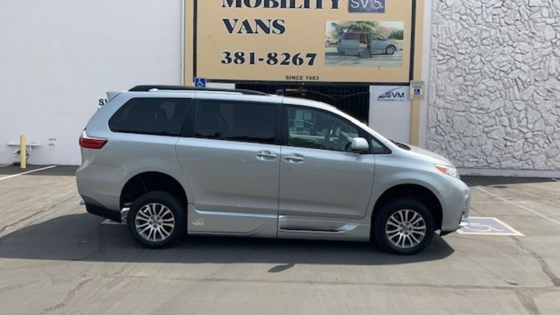 Used 2020 Toyota Sienna.  ConversionVMI Toyota Summit Access360